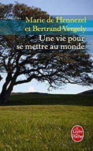 Couverture livre Une vie pour se mettre au monde